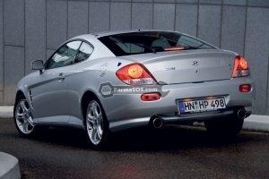 Hyundai Coupe 2004 1 300x200 دفترچه راهنمای هیوندای کوپه مدل 2004